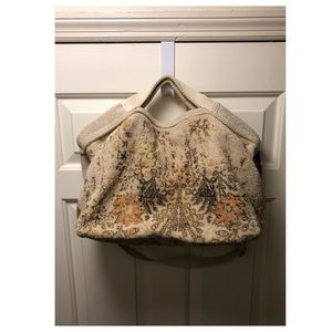 Carpet bag tote bag
